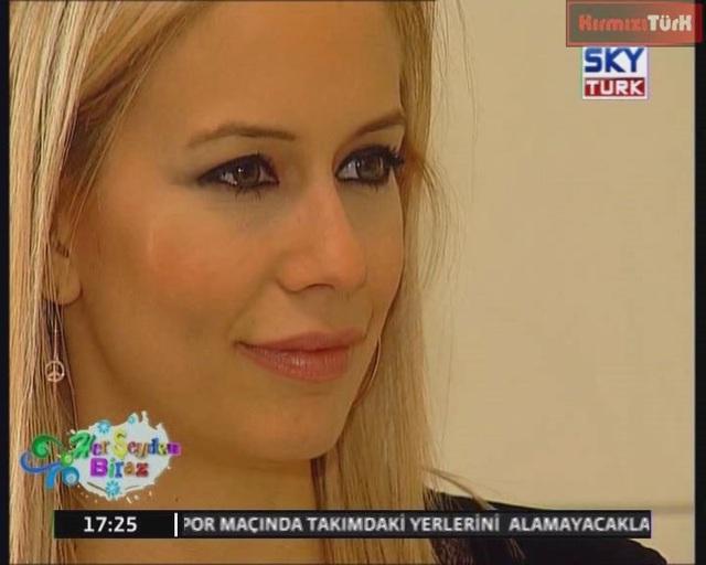 Nur Tuğba Algül Herşeyden Biraz Full Program 03 04 2011+Bonus Funda Arar